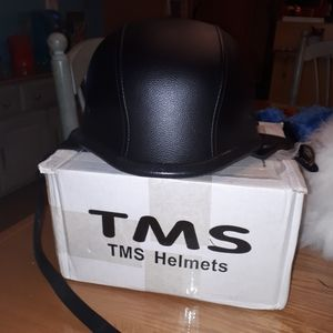 TMS  Leather Motorcycle Adult Helmet Size XL